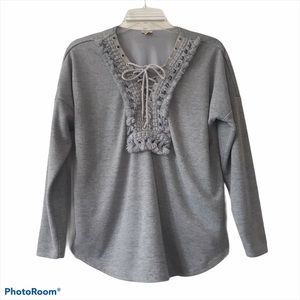 Reba Gray Long Sleeve Top Size Small